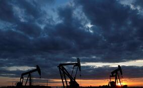 Oil tops $75, highest since 2014 OPEC meeting that led to pump war